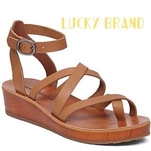 EUC.Lucky Brand Low Wedge Sandals